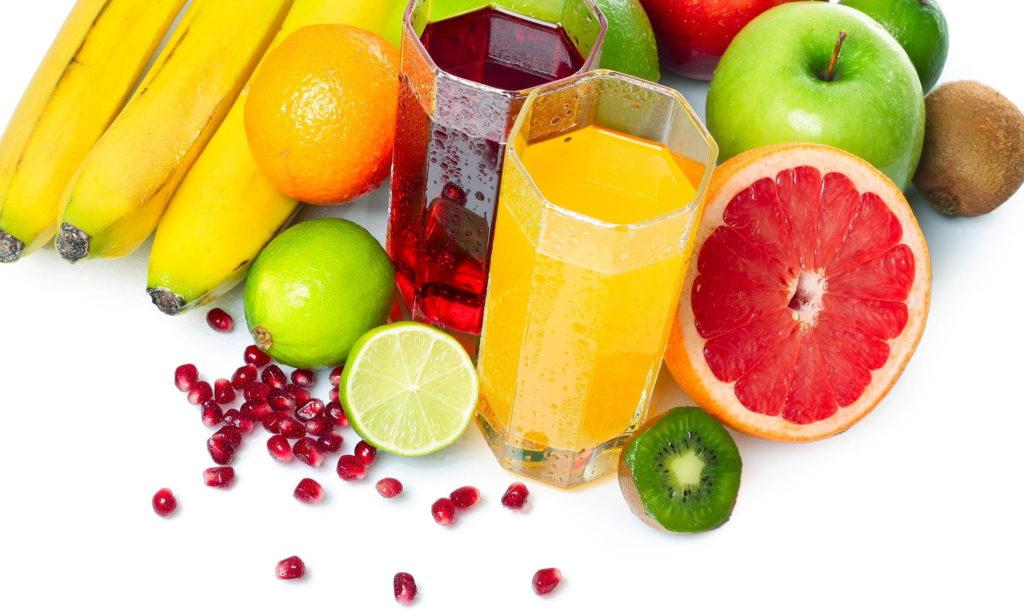 Fruta inteira ou suco de fruta, o que é melhor?